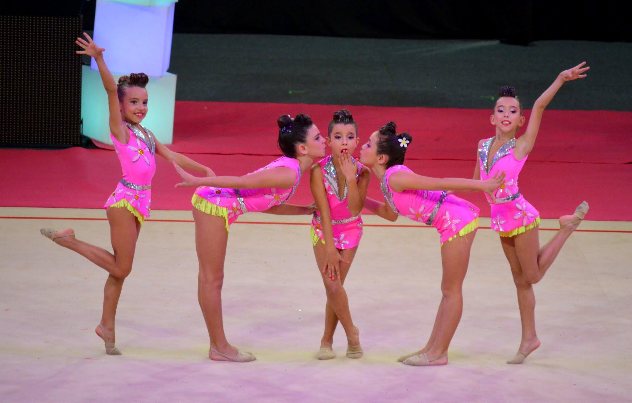 Club escuela zaragoza for Deportes de gimnasia